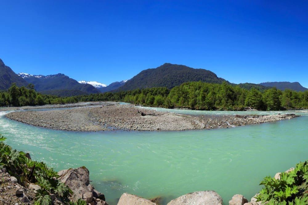 SLIDE 2 – Parc National Queulat