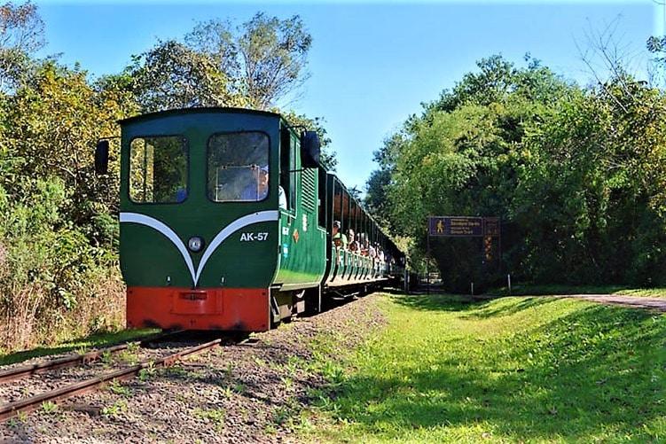 Chutes d'Iguazu / Petit train