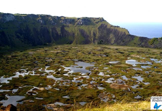 Cratere Rano Kau, Ile De Paques, Chili