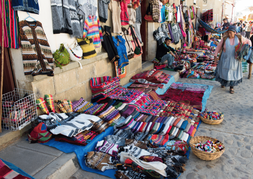 Le marché de Tarabuco, Bolivie / Photo : Vincentraal / Flickr