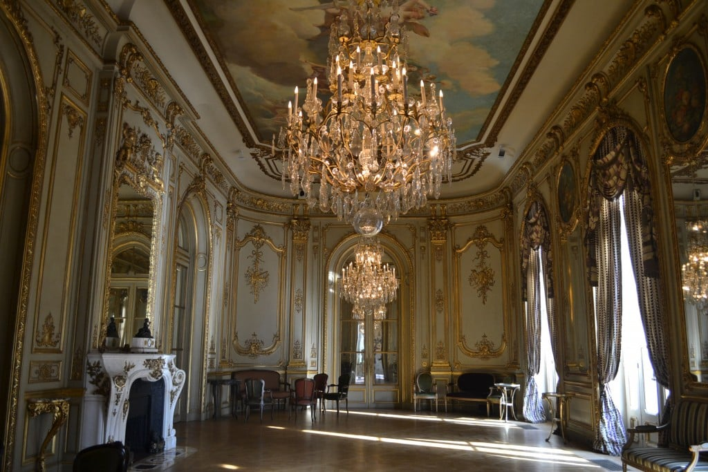 Intérieur ambassade de France / Photo :https://ar.ambafrance.org/