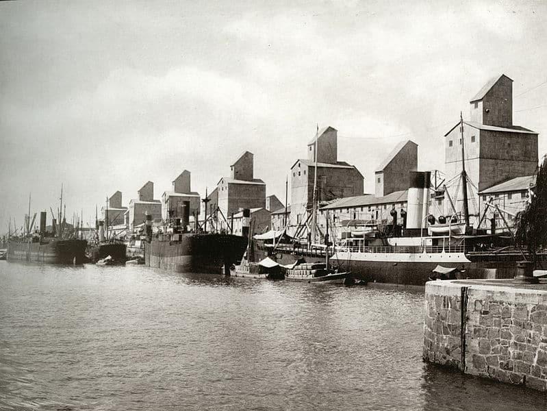 Le vieux Puerto Madero avec ses entrepôts // Photo : Wikipedia