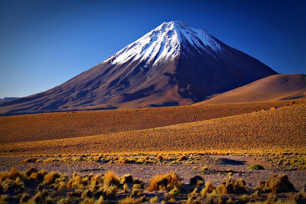 Le Volcan Licancabur Nord Du Chili