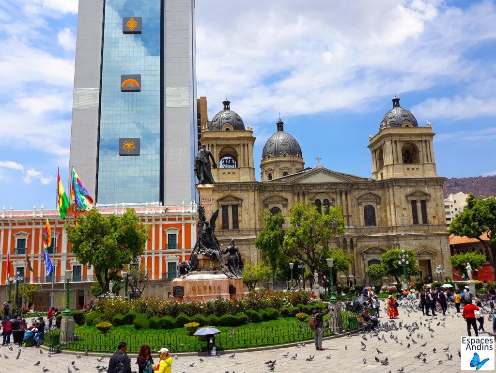La Place Murillo dans le centre historique de La Paz, Bolivie // Photo : Espaces Andins