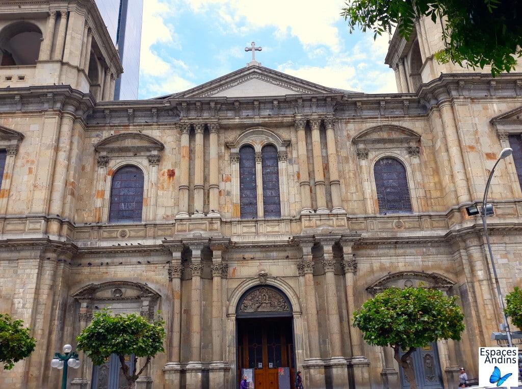 """La cathédrale """"Notre dame de la Paz"""" dans le quartier historique de La Paz, en Bolivie // Photo : Espaces Andins"""