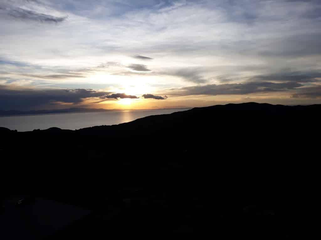 Coucher de soleil à la Isla del Sol, Lac Titicaca, Bolivie. Photo : Espaces Andins