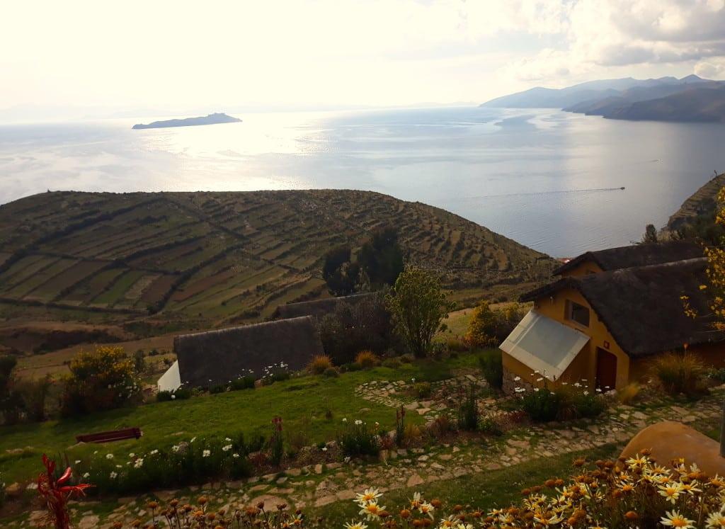 Les panneaux solaires de l'hôtel à la Isla del Sol, Lac Titicaca, Bolivie Photo : Espaces Andins