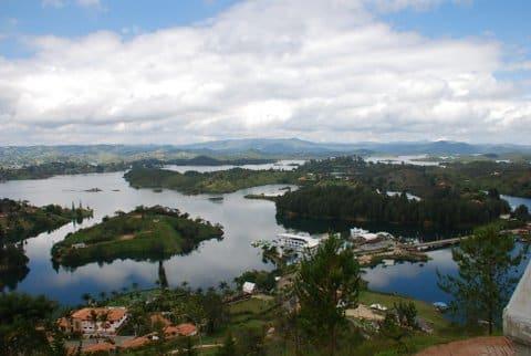 Guatape en Colombie Photo : Françoise et Marianne B.