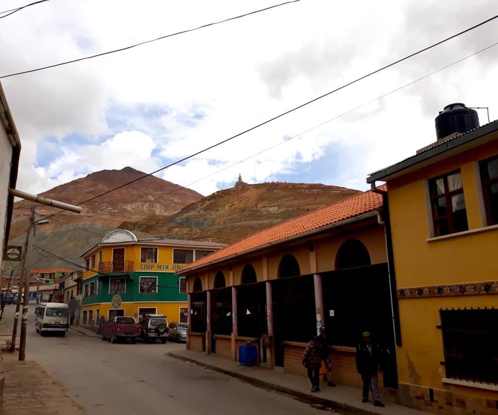 Vue sur le Cerro Rico, Potosi, Bolivie // Photo : Espaces Andins