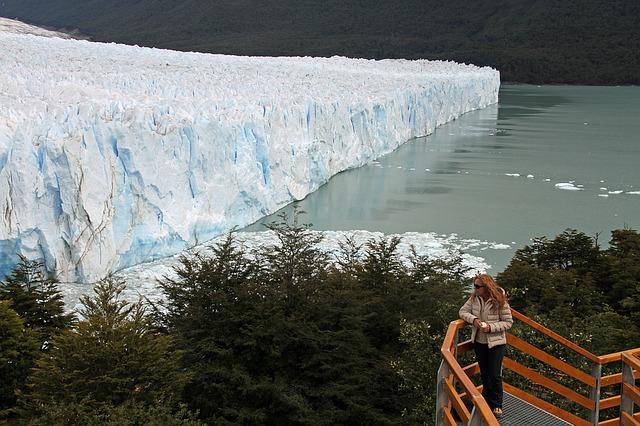 Profiter seule du glacier Perito Moreno en Argentine