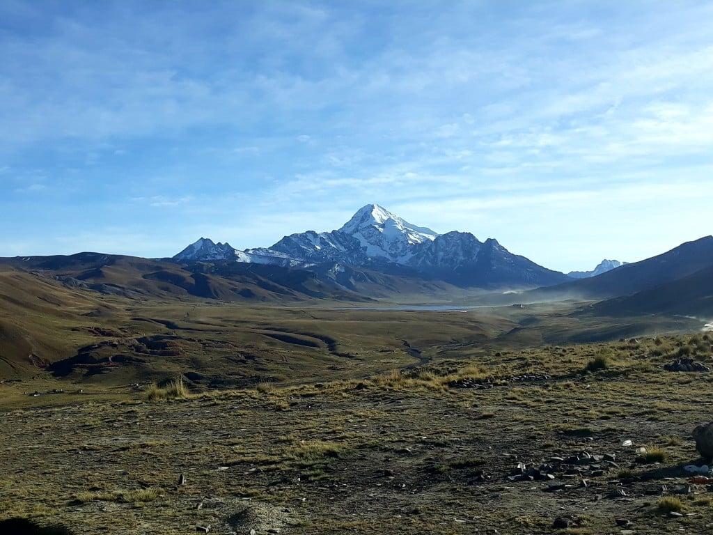 Sur la route du Huayna Potosi, en Bolivie