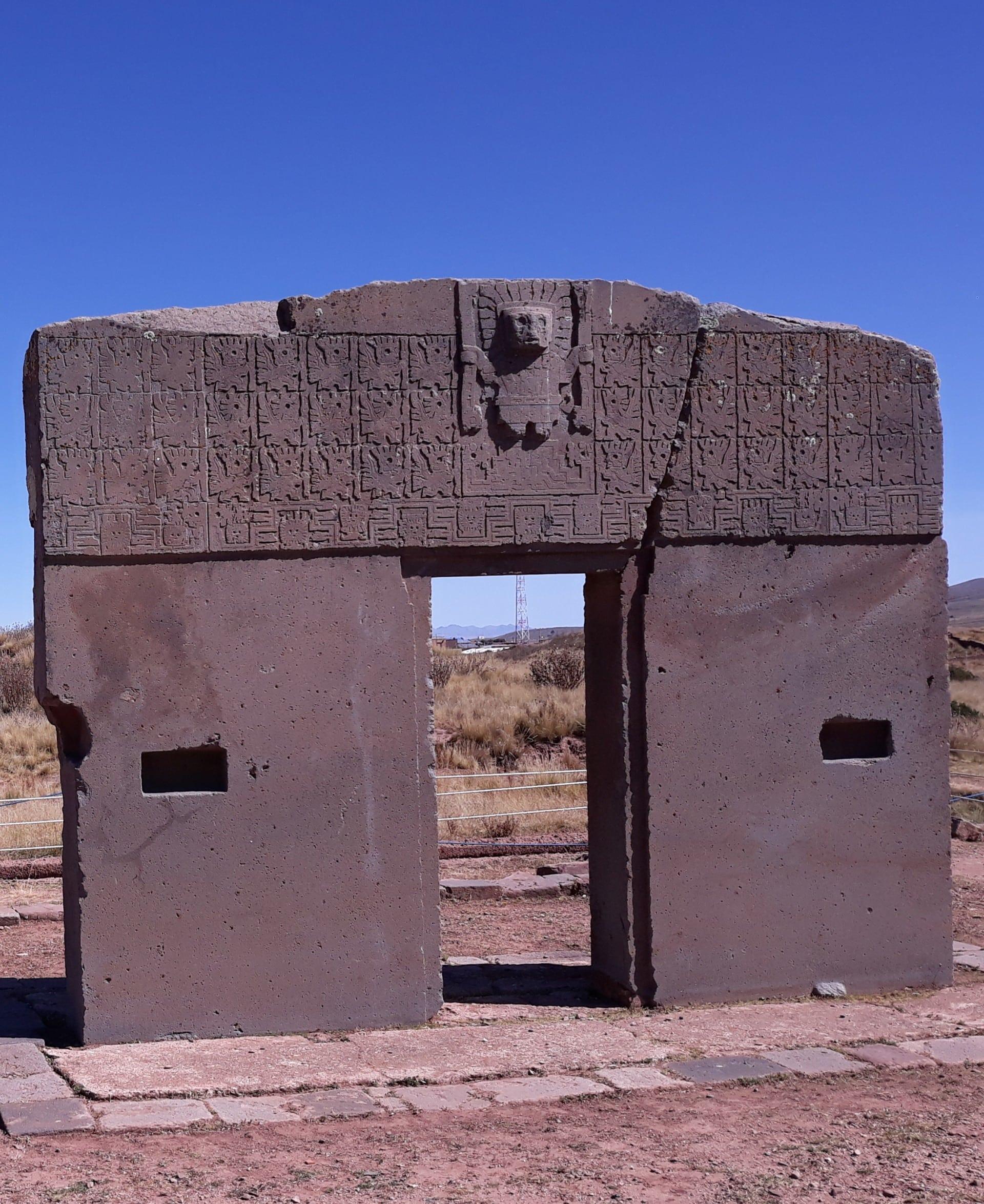 La Porte Du Soleil, à Tiwanaku En Bolivie