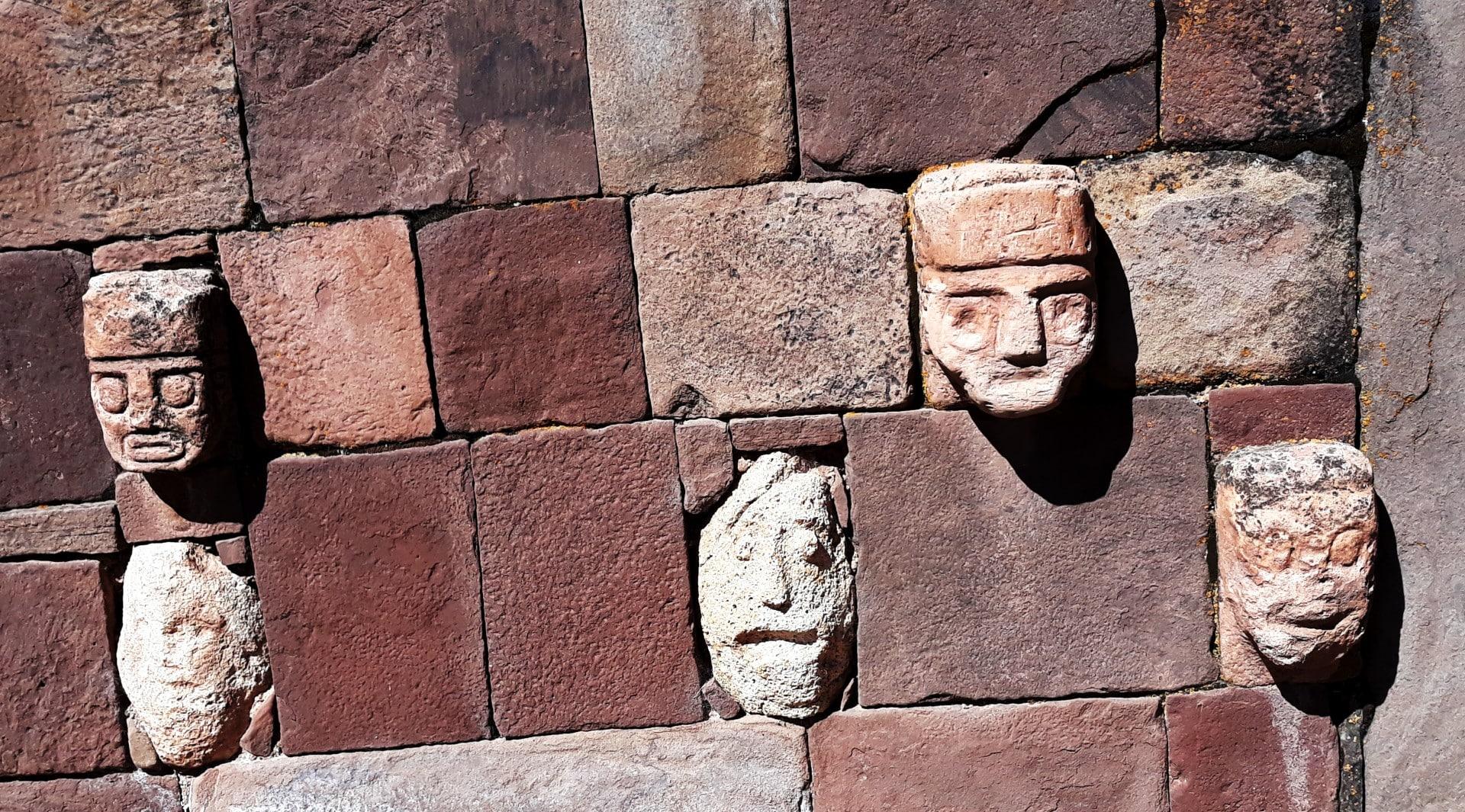 Le Temple Souterrain à Tiwanaku, En Bolivie