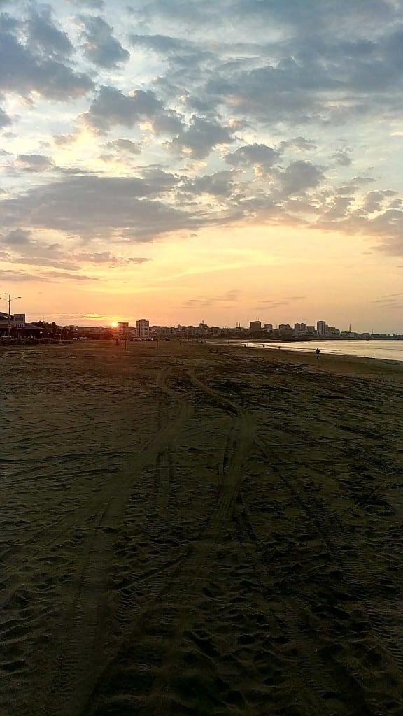 coucher de soleil cote Equateur