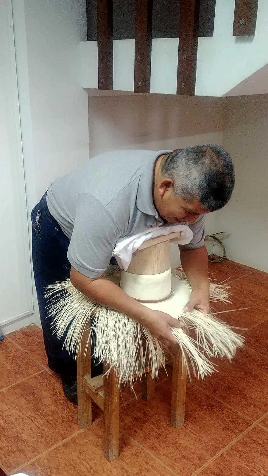 Montecristi Equateur Fabrique De Chapeaux Espaces Andins