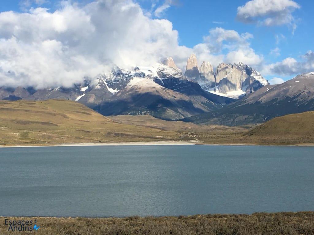 Visite et randonnée dans le Parc National Torres del Paine au Chili