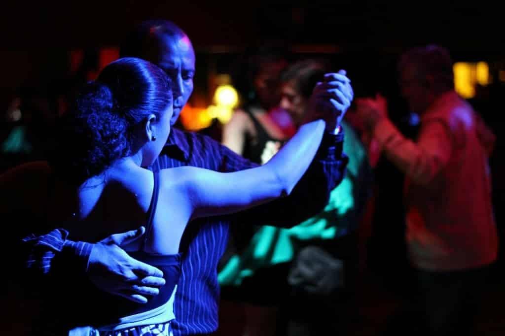 danseurs de tango à Buenos Aires